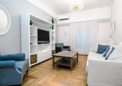 Charming 2 bedroom apartment next to piraeus port